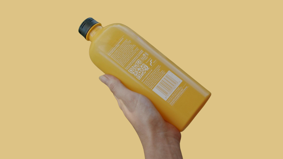 Futurity Manufacturing's QR Codes on customized bottles